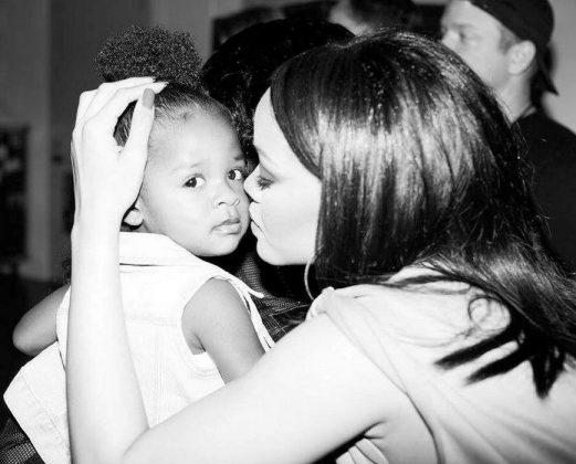 Rihanna afilhada Majesty