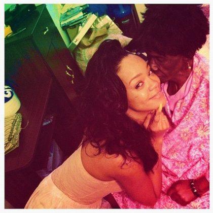 Rihanna avó Clara - Gran Gran Dolly