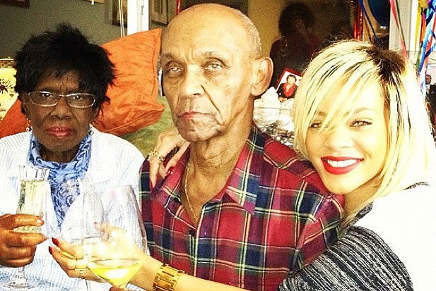 Rihanna avô Lionel