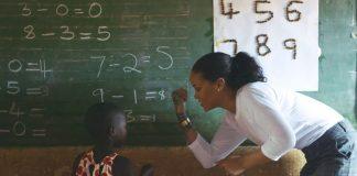 Rihanna no Malawi - Clara Lionel Foundation