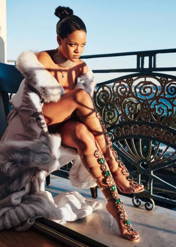 Rihanna Manolo Blahnik