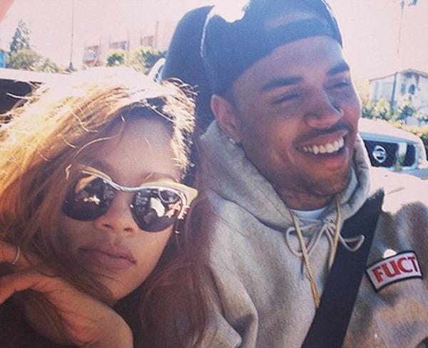 Selfie - Chris Brown e Rihanna